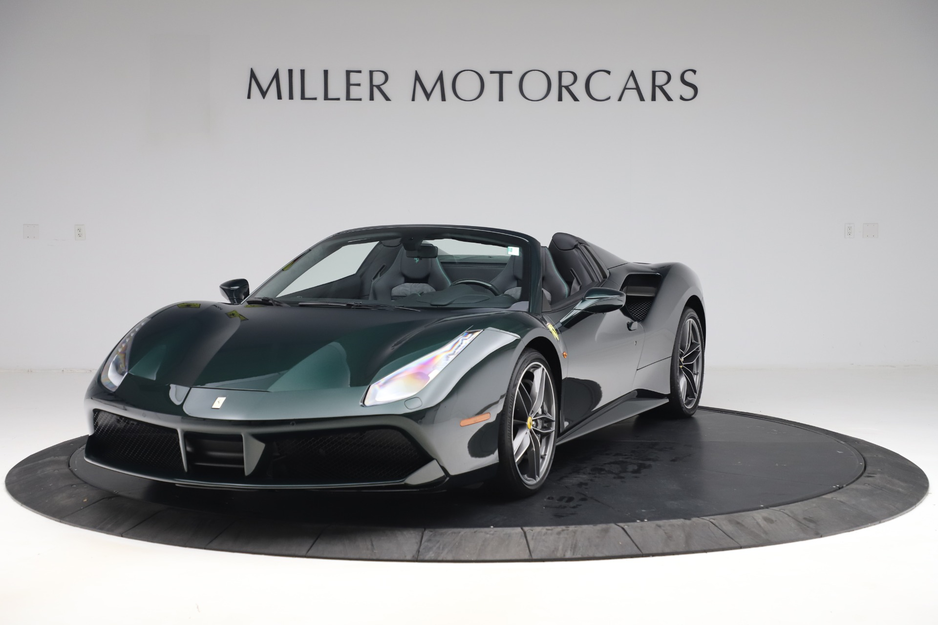 Used 2019 Ferrari 488 Spider Base for sale $329,900 at Aston Martin of Greenwich in Greenwich CT 06830 1