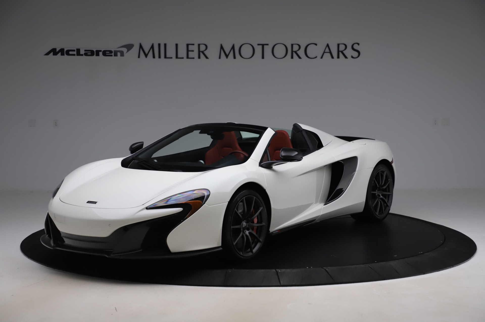 Used 2016 McLaren 650S Spider for sale $159,900 at Aston Martin of Greenwich in Greenwich CT 06830 1