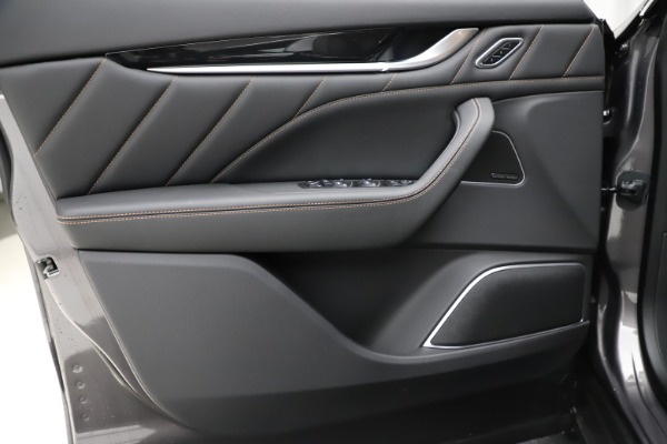 New 2020 Maserati Levante Q4 GranSport for sale $88,485 at Aston Martin of Greenwich in Greenwich CT 06830 16