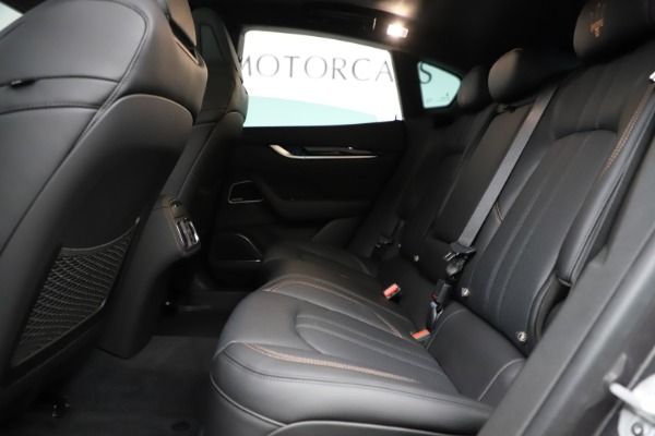 New 2020 Maserati Levante Q4 GranSport for sale $88,485 at Aston Martin of Greenwich in Greenwich CT 06830 18