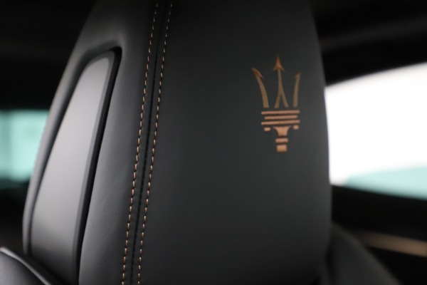 New 2020 Maserati Levante Q4 GranSport for sale $88,485 at Aston Martin of Greenwich in Greenwich CT 06830 28