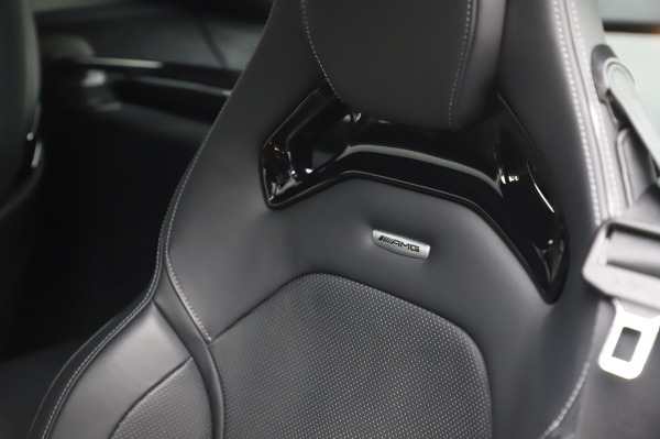 Used 2018 Mercedes-Benz AMG GT S for sale $103,900 at Aston Martin of Greenwich in Greenwich CT 06830 21