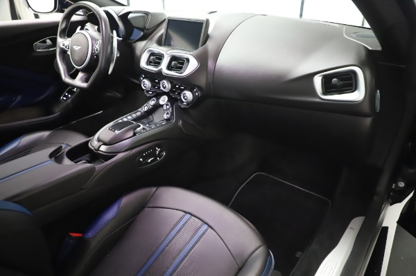 Used 2019 Aston Martin Vantage for sale $127,900 at Aston Martin of Greenwich in Greenwich CT 06830 18