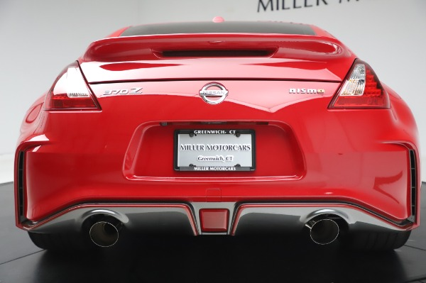 Used 2018 Nissan 370Z NISMO Tech for sale $39,900 at Aston Martin of Greenwich in Greenwich CT 06830 13