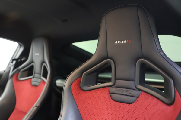 Used 2018 Nissan 370Z NISMO Tech for sale $39,900 at Aston Martin of Greenwich in Greenwich CT 06830 18