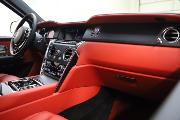Used 2021 Rolls-Royce Cullinan for sale Sold at Aston Martin of Greenwich in Greenwich CT 06830 16