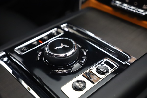 New 2021 Rolls-Royce Cullinan for sale $372,725 at Aston Martin of Greenwich in Greenwich CT 06830 27