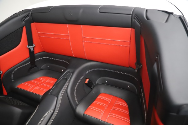 Used 2015 Ferrari California T for sale $159,900 at Aston Martin of Greenwich in Greenwich CT 06830 20
