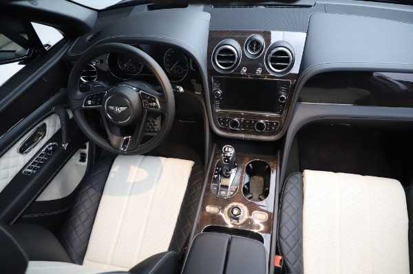 Used 2020 Bentley Bentayga V8 for sale Call for price at Aston Martin of Greenwich in Greenwich CT 06830 23