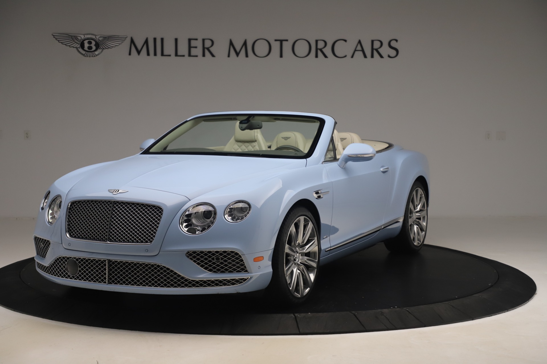 Used 2017 Bentley Continental GT Convertible W12 for sale $169,900 at Aston Martin of Greenwich in Greenwich CT 06830 1