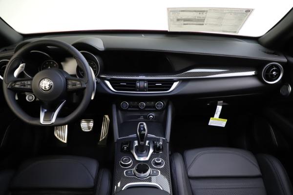 New 2020 Alfa Romeo Stelvio Ti Sport Carbon Q4 for sale $58,745 at Aston Martin of Greenwich in Greenwich CT 06830 16