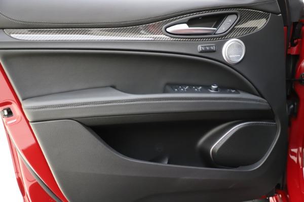 New 2020 Alfa Romeo Stelvio Ti Sport Carbon Q4 for sale $58,745 at Aston Martin of Greenwich in Greenwich CT 06830 17