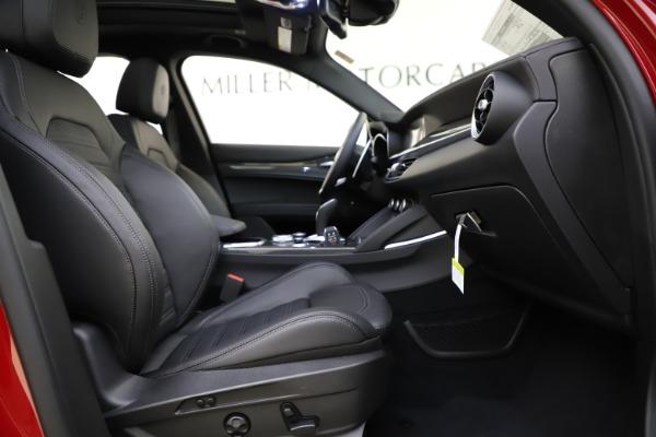 New 2020 Alfa Romeo Stelvio Ti Sport Carbon Q4 for sale $58,745 at Aston Martin of Greenwich in Greenwich CT 06830 23