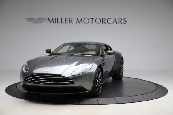Used 2017 Aston Martin DB11 for sale $155,900 at Aston Martin of Greenwich in Greenwich CT 06830 11