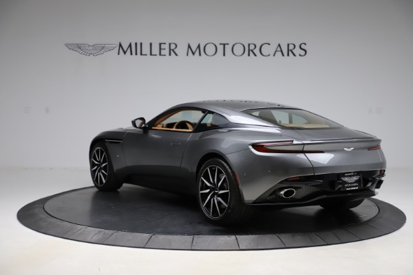 Used 2017 Aston Martin DB11 for sale $155,900 at Aston Martin of Greenwich in Greenwich CT 06830 4