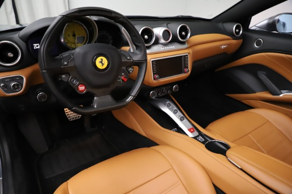 Used 2016 Ferrari California T for sale $157,900 at Aston Martin of Greenwich in Greenwich CT 06830 16