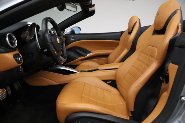 Used 2016 Ferrari California T for sale $157,900 at Aston Martin of Greenwich in Greenwich CT 06830 17