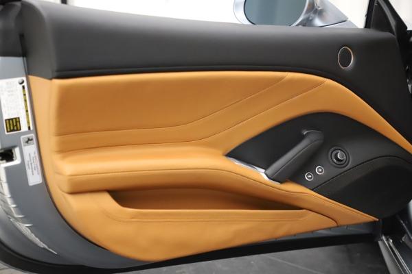 Used 2016 Ferrari California T for sale $157,900 at Aston Martin of Greenwich in Greenwich CT 06830 28