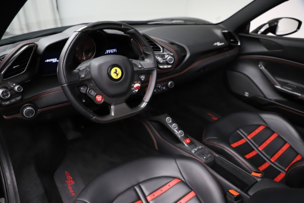 Used 2017 Ferrari 488 Spider for sale $276,900 at Aston Martin of Greenwich in Greenwich CT 06830 17