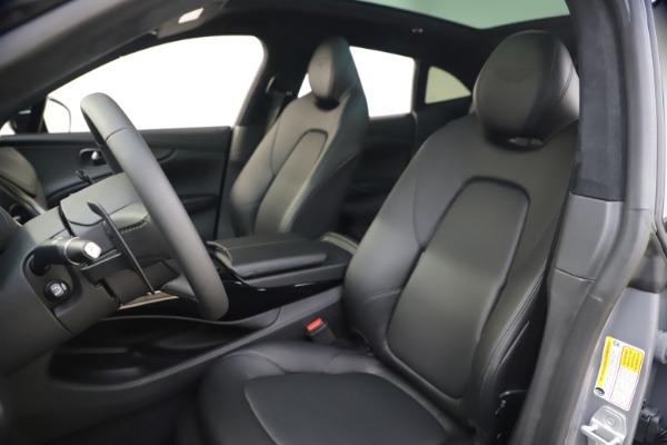 New 2021 Aston Martin DBX SUV for sale $194,486 at Aston Martin of Greenwich in Greenwich CT 06830 13