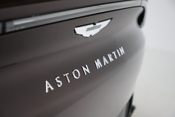 New 2021 Aston Martin DBX for sale $226,836 at Aston Martin of Greenwich in Greenwich CT 06830 24