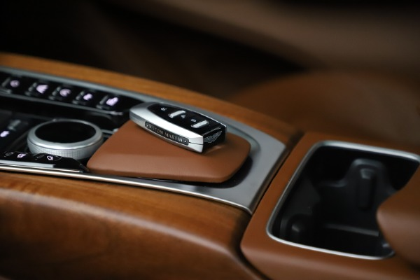 New 2021 Aston Martin DBX for sale $226,836 at Aston Martin of Greenwich in Greenwich CT 06830 27