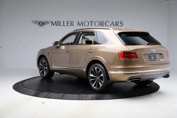 Used 2017 Bentley Bentayga W12 for sale $145,900 at Aston Martin of Greenwich in Greenwich CT 06830 5