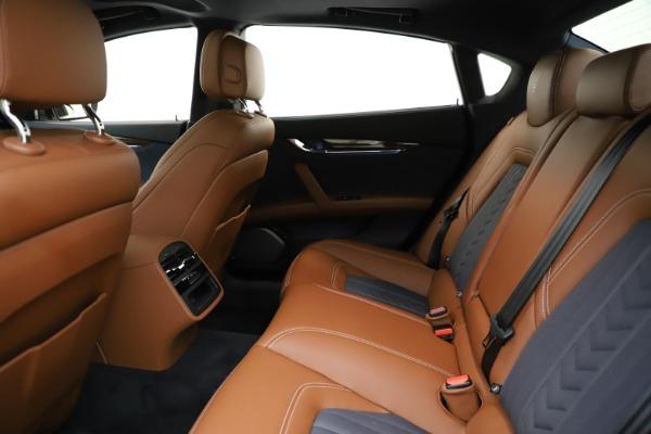 Used 2017 Maserati Quattroporte S Q4 GranLusso for sale $59,900 at Aston Martin of Greenwich in Greenwich CT 06830 19