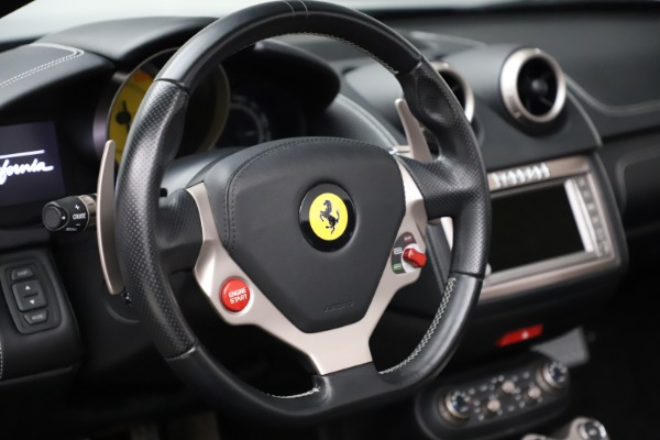 Used 2013 Ferrari California 30 for sale $103,900 at Aston Martin of Greenwich in Greenwich CT 06830 27