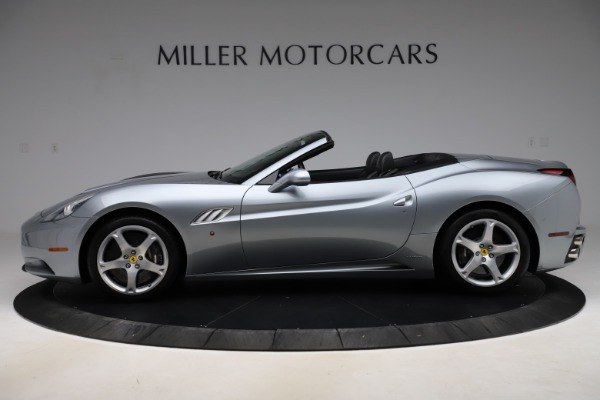 Used 2013 Ferrari California 30 for sale $103,900 at Aston Martin of Greenwich in Greenwich CT 06830 3