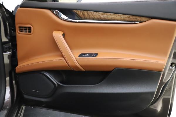 Used 2018 Maserati Quattroporte S Q4 GranLusso for sale $69,900 at Aston Martin of Greenwich in Greenwich CT 06830 26
