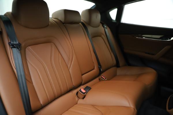 Used 2018 Maserati Quattroporte S Q4 GranLusso for sale $69,900 at Aston Martin of Greenwich in Greenwich CT 06830 27