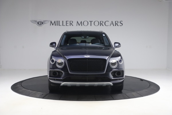 Used 2018 Bentley Bentayga W12 Signature Edition for sale $149,900 at Aston Martin of Greenwich in Greenwich CT 06830 12
