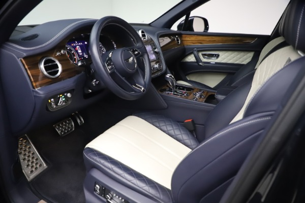 Used 2018 Bentley Bentayga W12 Signature for sale $154,900 at Aston Martin of Greenwich in Greenwich CT 06830 17