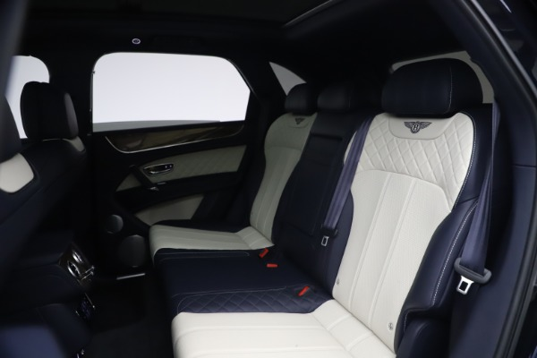 Used 2018 Bentley Bentayga W12 Signature for sale $154,900 at Aston Martin of Greenwich in Greenwich CT 06830 22