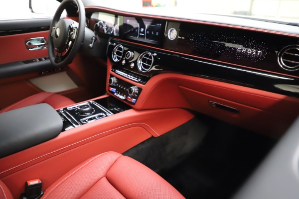 New 2021 Rolls-Royce Ghost for sale $390,400 at Aston Martin of Greenwich in Greenwich CT 06830 17