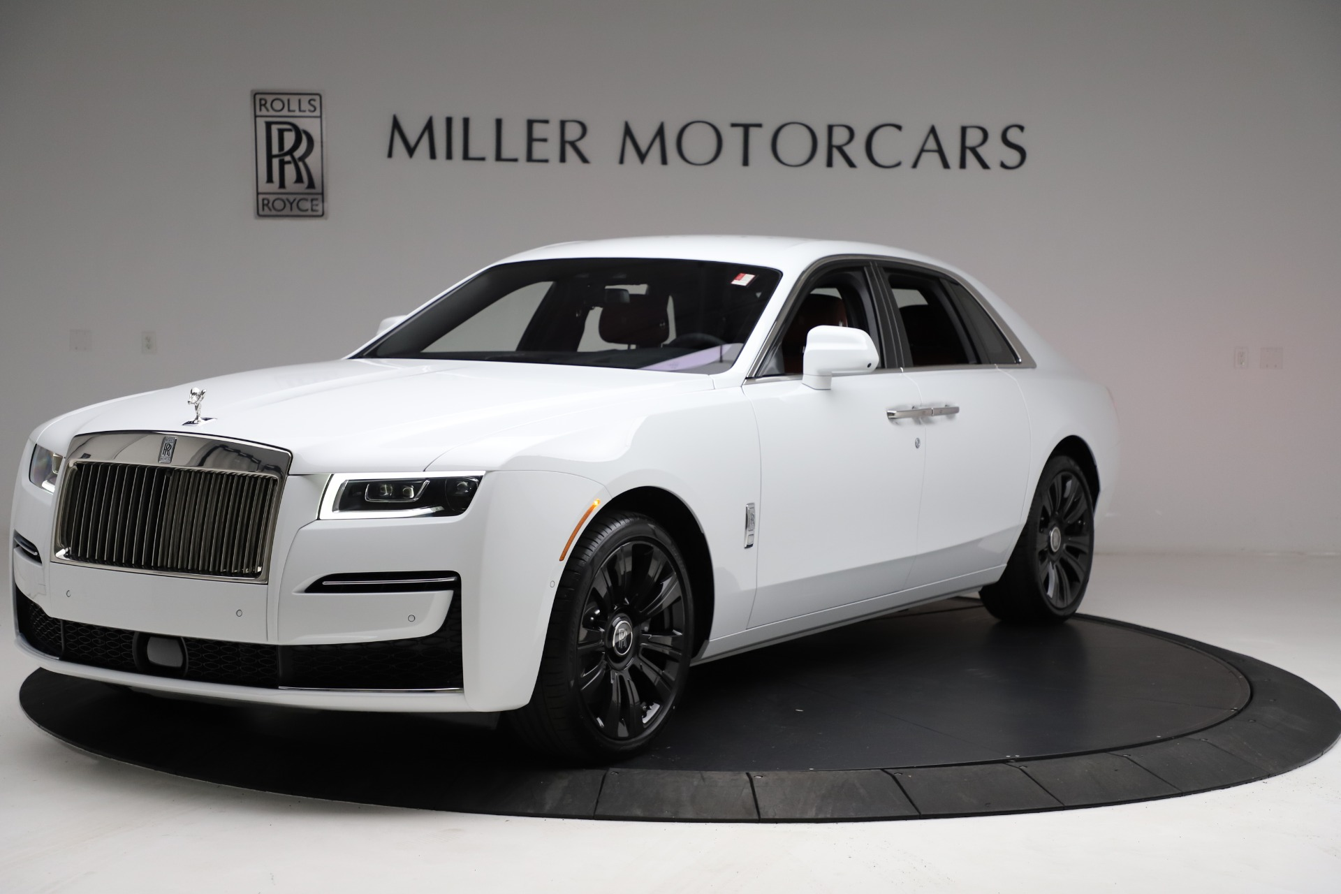 New 2021 Rolls-Royce Ghost for sale $390,400 at Aston Martin of Greenwich in Greenwich CT 06830 1