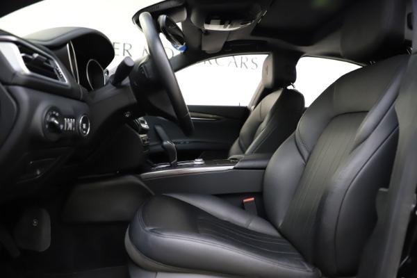 Used 2017 Maserati Ghibli S Q4 for sale $42,900 at Aston Martin of Greenwich in Greenwich CT 06830 14