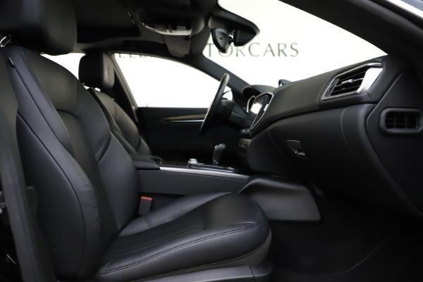 Used 2017 Maserati Ghibli S Q4 for sale $42,900 at Aston Martin of Greenwich in Greenwich CT 06830 23