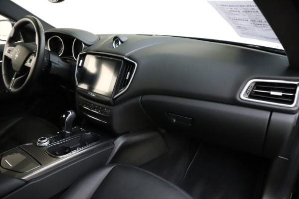 Used 2017 Maserati Ghibli S Q4 for sale $42,900 at Aston Martin of Greenwich in Greenwich CT 06830 24
