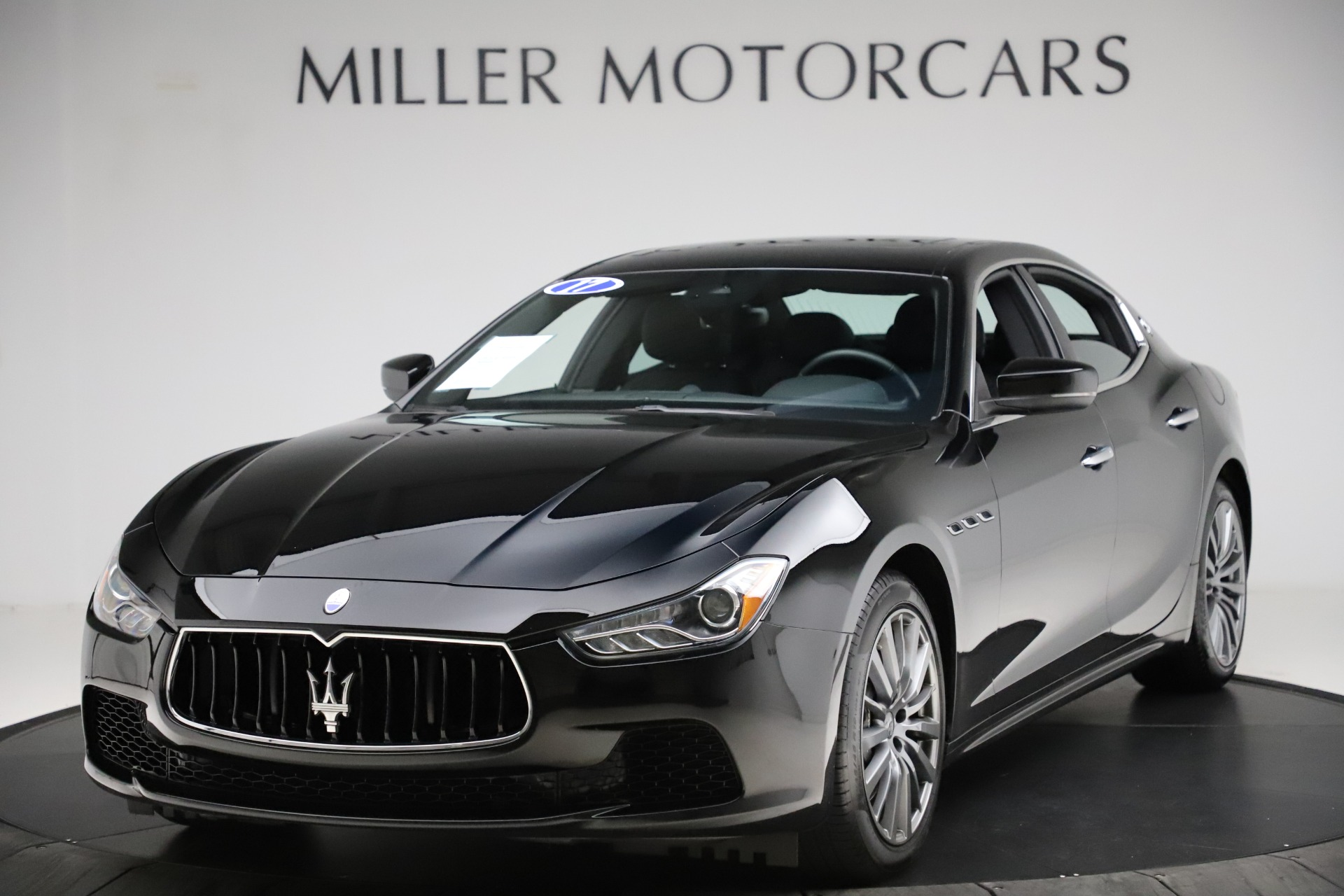 Used 2017 Maserati Ghibli S Q4 for sale $41,900 at Aston Martin of Greenwich in Greenwich CT 06830 1