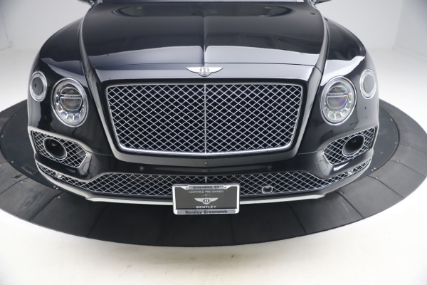 Used 2017 Bentley Bentayga W12 for sale $126,900 at Aston Martin of Greenwich in Greenwich CT 06830 14