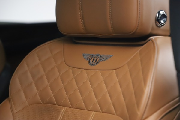 Used 2017 Bentley Bentayga W12 for sale $126,900 at Aston Martin of Greenwich in Greenwich CT 06830 21