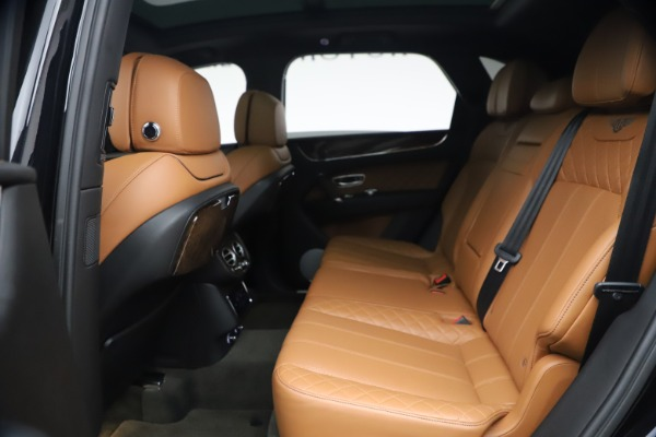 Used 2017 Bentley Bentayga W12 for sale $126,900 at Aston Martin of Greenwich in Greenwich CT 06830 23