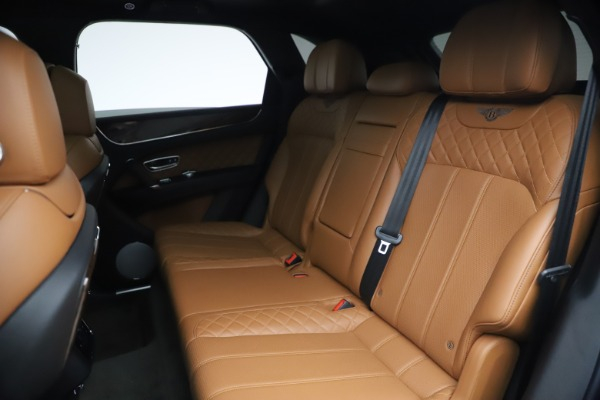Used 2017 Bentley Bentayga W12 for sale $126,900 at Aston Martin of Greenwich in Greenwich CT 06830 24