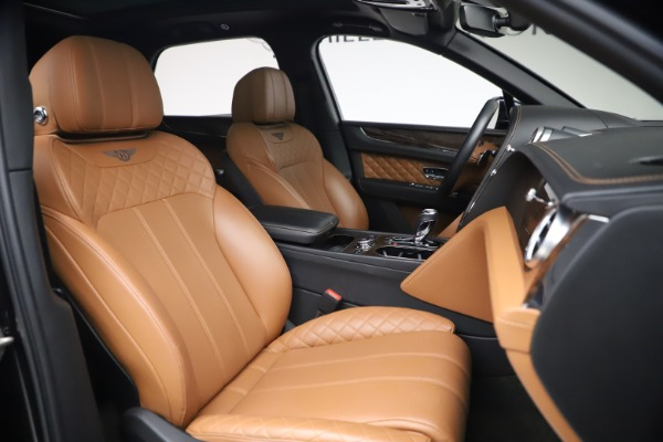 Used 2017 Bentley Bentayga W12 for sale $126,900 at Aston Martin of Greenwich in Greenwich CT 06830 28
