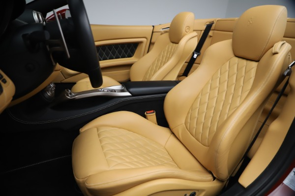 Used 2014 Ferrari California 30 for sale Sold at Aston Martin of Greenwich in Greenwich CT 06830 21