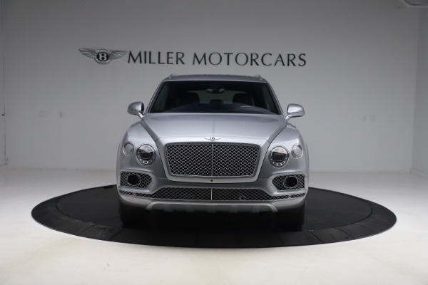 Used 2018 Bentley Bentayga W12 Signature Edition for sale $149,900 at Aston Martin of Greenwich in Greenwich CT 06830 13