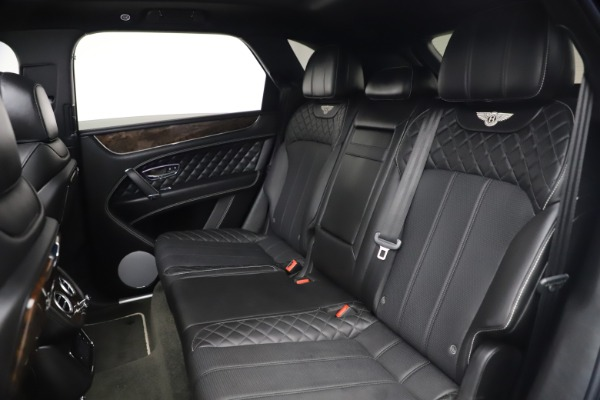 Used 2018 Bentley Bentayga W12 Signature Edition for sale $149,900 at Aston Martin of Greenwich in Greenwich CT 06830 24