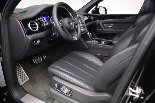 Used 2018 Bentley Bentayga Black Edition for sale $169,900 at Aston Martin of Greenwich in Greenwich CT 06830 17